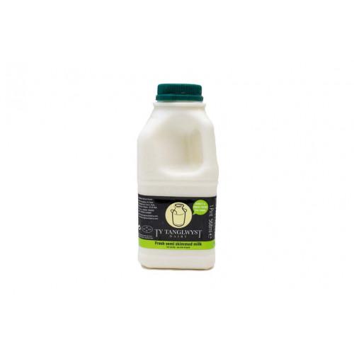 Blas ar Fwyd: Ty Tanglwyst Semi Skimmed Milk, 1 Pi