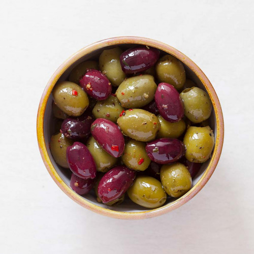 F2102401 - Real Olive Co. Marinated Tricolore Olives, 185g Deli Pot